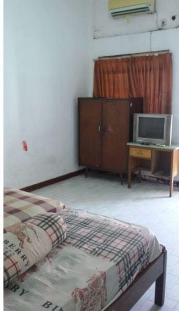 Hotel Indah Syariah Surabaya - Economy Twin Room Only NRF Minimum Stay