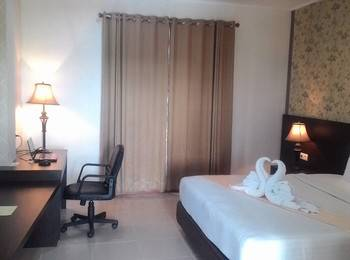 Hotel Bonero Residence Bojonegoro - Deluxe Room Double - With Breakfast Regular Plan