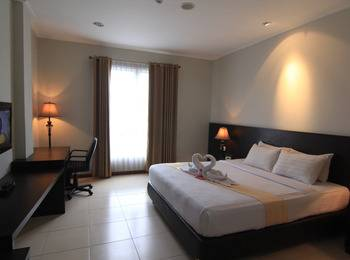 Hotel Bonero Residence Bojonegoro - Kamar Superior PLus Dengan Sarapan Regular Plan