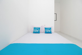 Airy Tawangsari Puri Anjasmoro EE3 5 Semarang - Standard Double Room Only Special Promo Apr 24