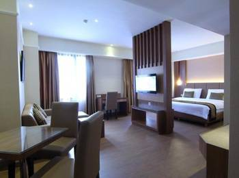 Dominic Hotel Purwokerto Banyumas - DM Suite (1 Large Bed) Include Breakfast 2 Person Regular Plan