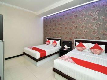 OYO 1396 D' Best Homestay Surabaya - Suite Family Regular Plan