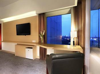 Golden City Hotel and Convention Center Semarang - Junior Suite Room Only Regular Plan