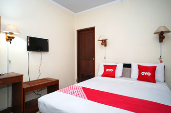 OYO 2015 Bandara Hotel Balikpapan Balikpapan - Standard Double Room Early Bird