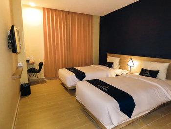 Arte Hotel Malioboro Yogyakarta Yogyakarta - Deluxe Twin Bed Room Only Regular Plan