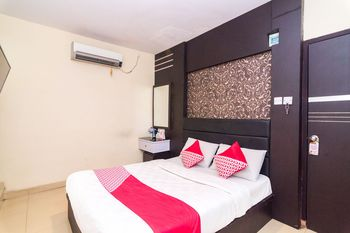 OYO 1581 Hotel Grand Palace Batam - Suite Double Regular Plan