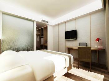 Hotel Santika Mega City Bekasi - Superior Room King Regular Plan
