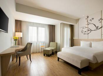 Hotel Santika Mega City Bekasi - Premiere Room King Regular Plan