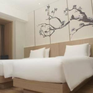 Hotel Santika Mega City Bekasi - Superior Room Twin Staycation Offer Regular Plan