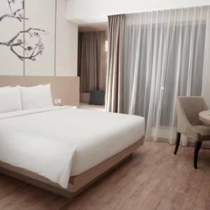 Hotel Santika Mega City Bekasi - Superior Room King Staycation Offer Regular Plan