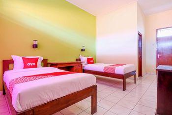 OYO 2184 Nan Berlian Inn Bali - Standard Twin Room Regular Plan