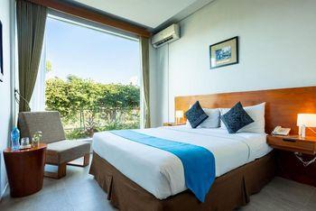 Hotel Blambangan Banyuwangi - Superior Double September Ceria