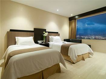Hotel Aria Gajayana Malang - Super Deluxe Twin  Regular Plan