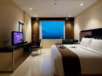 Hotel Aria Gajayana Malang - Super Deluxe King  Regular Plan