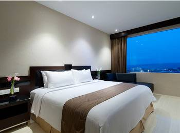 Hotel Aria Gajayana Malang - Deluxe King Room Only Regular Plan