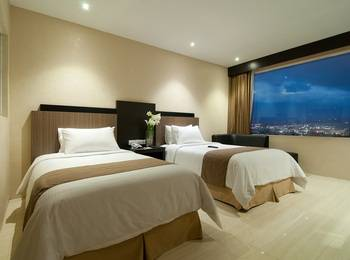 Hotel Aria Gajayana Malang - Deluxe Twin Room Only Regular Plan