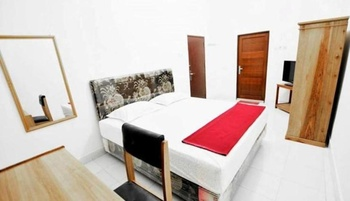 Wagga Mama Guest House Palangka Raya - Superior Double  Regular Plan