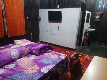 Mimi Guesthouse Syariah Pangkalanbun Kotawaringin Barat - Deluxe Room Regular Plan