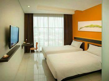 V Hotel Jakarta - Value Room Regular Plan