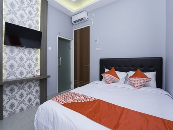 OYO 2651 Osw Cabin Surabaya - Standard Double Room Regular Plan