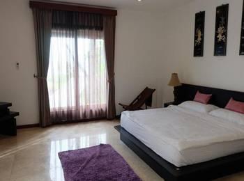 Villa Indah Batu Layar Lombok - Deluxe Double Villa Regular Plan