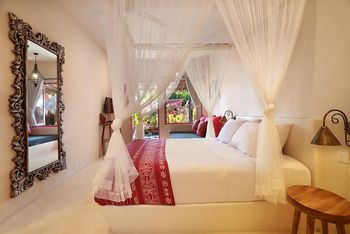 Pink Coco Hotel Bali - Cocoon Room Regular Plan