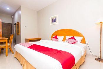 OYO 1867 Kara Guest House Batam - Deluxe Double Room Regular Plan