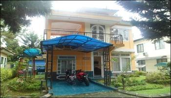 Santibi's Villa Kota Bunga Seruni N