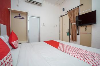 OYO 575 Blessing Hotel Palembang - Standard Double Room Regular Plan