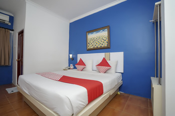 OYO 575 Blessing Hotel Palembang -  Deluxe Double Room Regular Plan