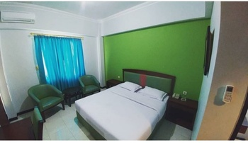 Grand Soba Hotel Solo - Deluxe Double Room Breakfast Regular Plan