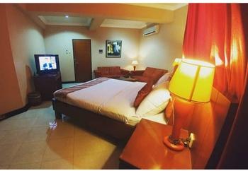 Grand Soba Hotel Solo - Junior Room Breakfast Regular Plan