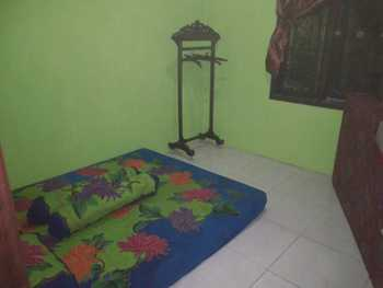Homestay Sapphire Syariah Pekalongan - Double Fan Shared Bathroom Regular Plan