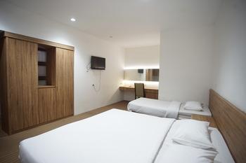 Inna Familia PiP Semarang Semarang - Family Room Only Regular Plan
