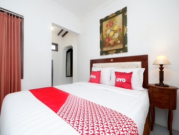 OYO 2055 Perdana Kasih Klaten - Suite Double Regular Plan