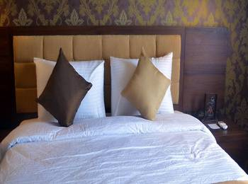 Safira By Lor-In Magelang - Superior Room Only Regular Plan
