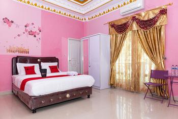 RedDoorz Premium @ Sea Residence Manado Manado - RedDoorz Room Last Minute