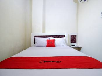 RedDoorz Plus near Jogja Expo Center