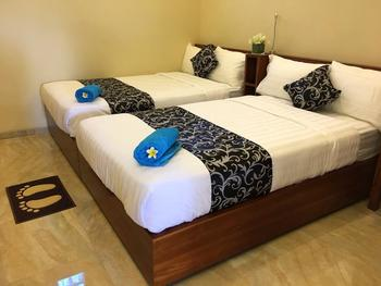 Ocho Bali Surf Camp Bali - Deluxe Double Room Basic Deal 50%