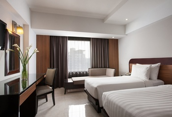 Hotel Santika Semarang - Deluxe Room Twin Staycation Offer Regular Plan
