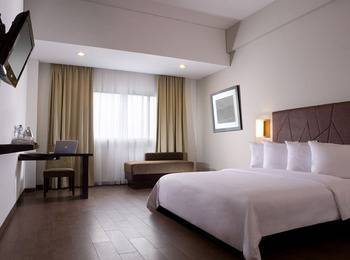 Hotel Santika Bogor - Deluxe Room Queen Offer  Last Minute Deal 2021