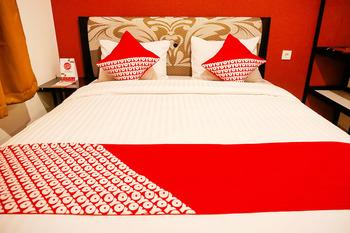 OYO 721 Sulaiman Residence Syariah Padang - Standard Double Room Regular Plan