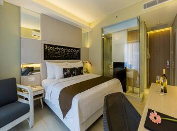 Swiss-Belhotel Tuban - Deluxe Pool View King  Monthly Promotion