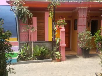 Darmo Homestay Malang - standard double Regular Plan