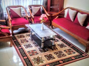 Darmo Homestay Malang - Villa 3 Kamar Tidur Regular Plan