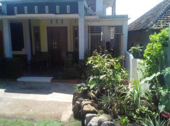 Darmo Homestay Malang - Rumah 3 kmr tidur Regular Plan