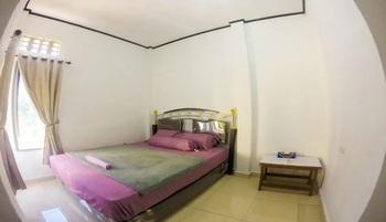 Artha Homestay Tomia Wakatobi - Economy Suite Regular Plan