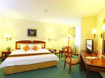 Grand Arkenso Park View Simpang Lima Semarang - Executive Suite CNY Deals