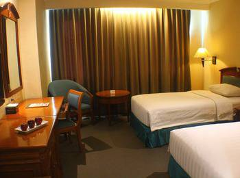 Grand Arkenso Park View Simpang Lima Semarang - Deluxe Twin Room Only Regular Plan