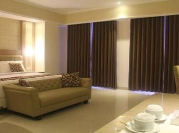 COR Hotel Purwokerto Banyumas - Junior Suite Room (1 bed besar) Include Breakfast 2 Person Regular Plan